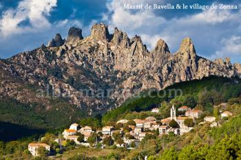 Aiguilles de Bavella et village de Zonza