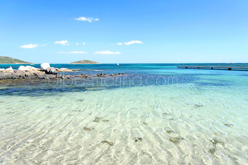 Voici la plage de Saint Cyprien en Corse du sud