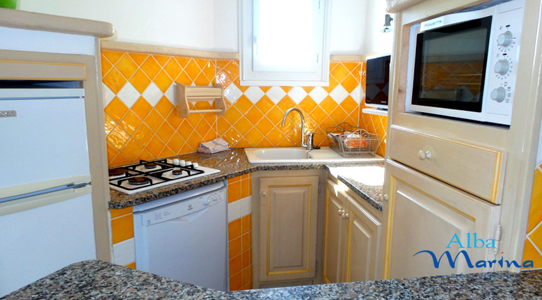 Cuisine villa F3 2 chambres dont une à l'étage