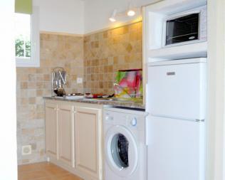 La cuisine de votre studio en Corse